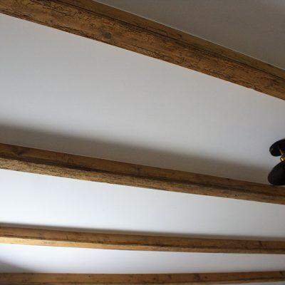 empreinte-de-styles-renovation-plafond-et-poutres