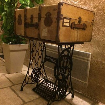 empreinte-de-styles-renovation-meuble-valise-bois-sur-pieds